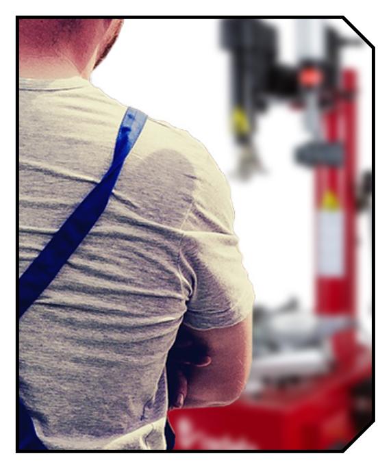 Maszyny do wulkanizacji, np. montażownica do opon, trzeba serwisować - zobacz co zrobić, by montażownica do kół działała.